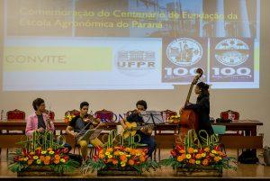 Alunos de música fizeram apresentação no evento